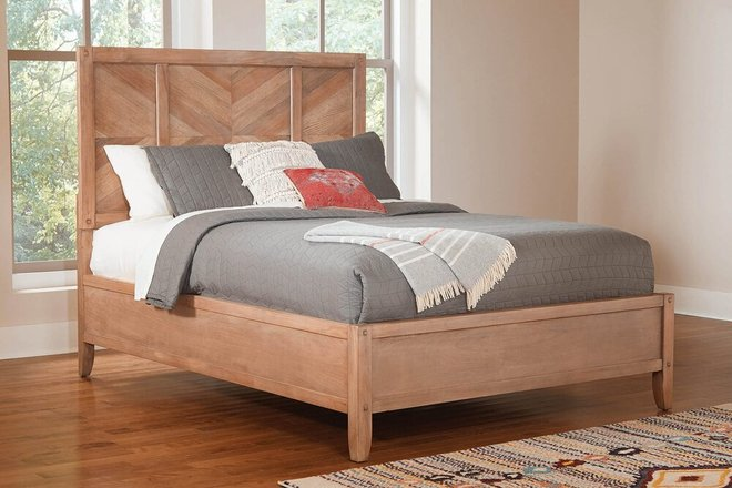 Auburn California King Bed White Washed Natural