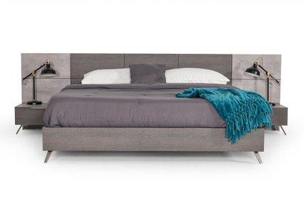 Nova Domus Bronx Italian Eastern King Bed Gray