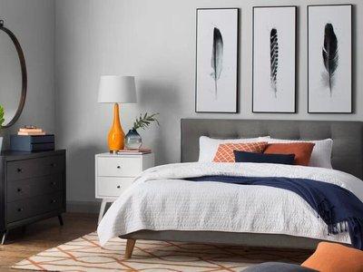 Andrew King bedroom