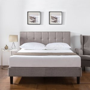 Chroy Upholstered Platform Queen Bed Gray