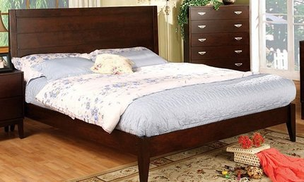 Crystal Lake Full Bed Brown Cherry