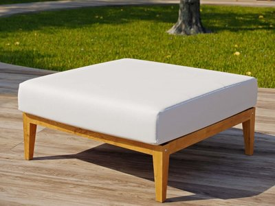Northlake Outdoor Ottoman Natural & White