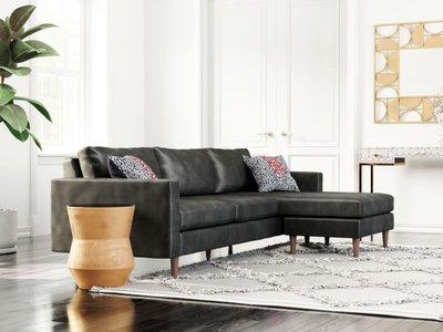 Kaito Living Room
