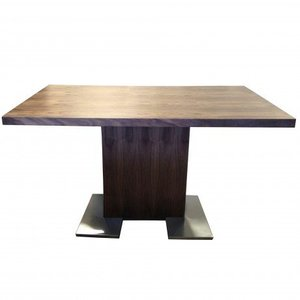 Triangulum Australe Zenith Dining Table