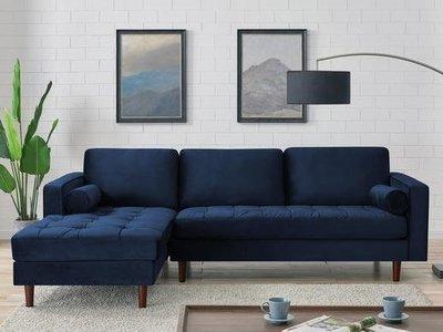 Lisa Living Room