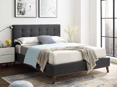 Sierra Queen Bedroom