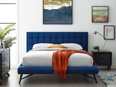 Somni Queen Bedroom