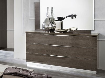Platinum Dresser Brown