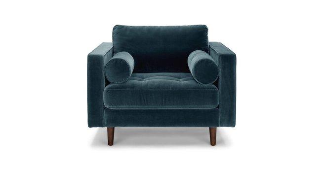Sven Tufted Velvet Chair Pacific Blue