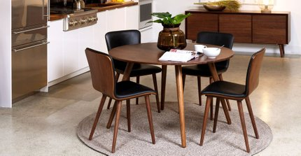 Seno Round Dining Table Walnut