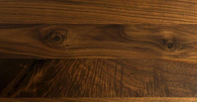 Amoeba Wild 29-5-Wide Coffee Table Walnut