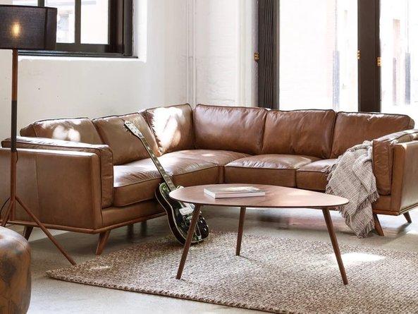 Hitoshi Living Room