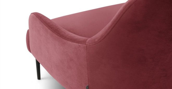 Embrace Lounge Chair Velvet Rose Pink