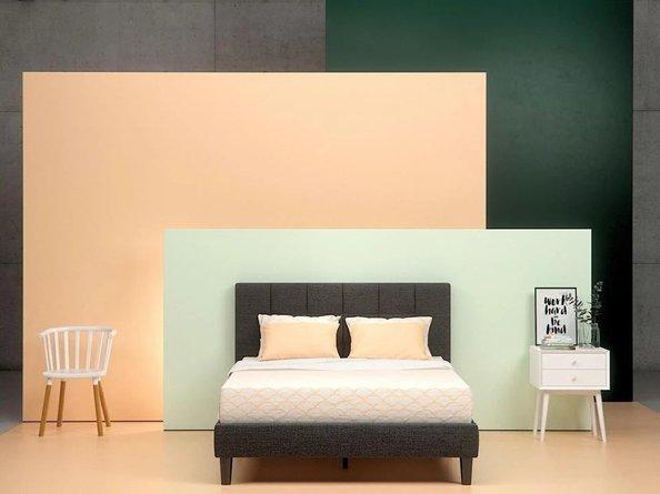 Jasmine Upholstered Square Stitched Platform Full Bed Black