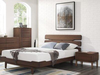 Alex Queen Bedroom