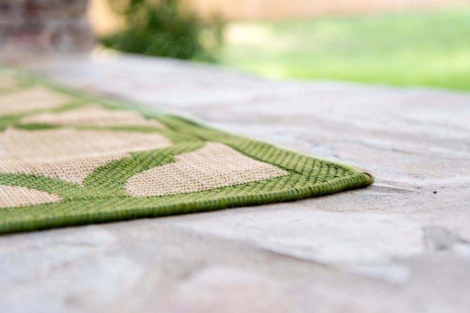 Outdoor Trellis Geometric 2x3 Rug Green & Beige