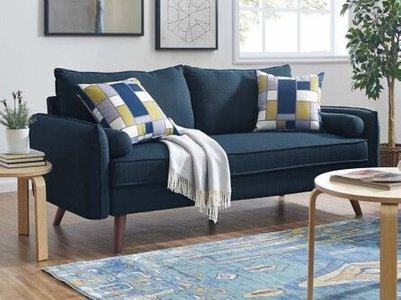 Lillian Living room