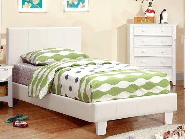 Winn Park Queen Bed White